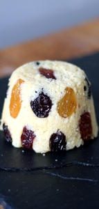 Steamed Sponge with Raisins