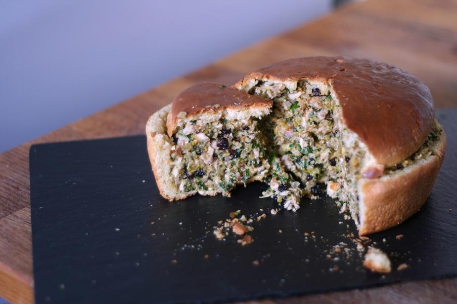 Pine Molet Loaf