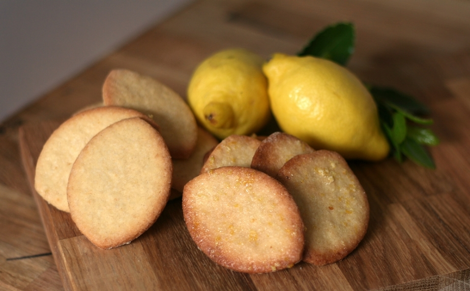 Lemon Biscuits